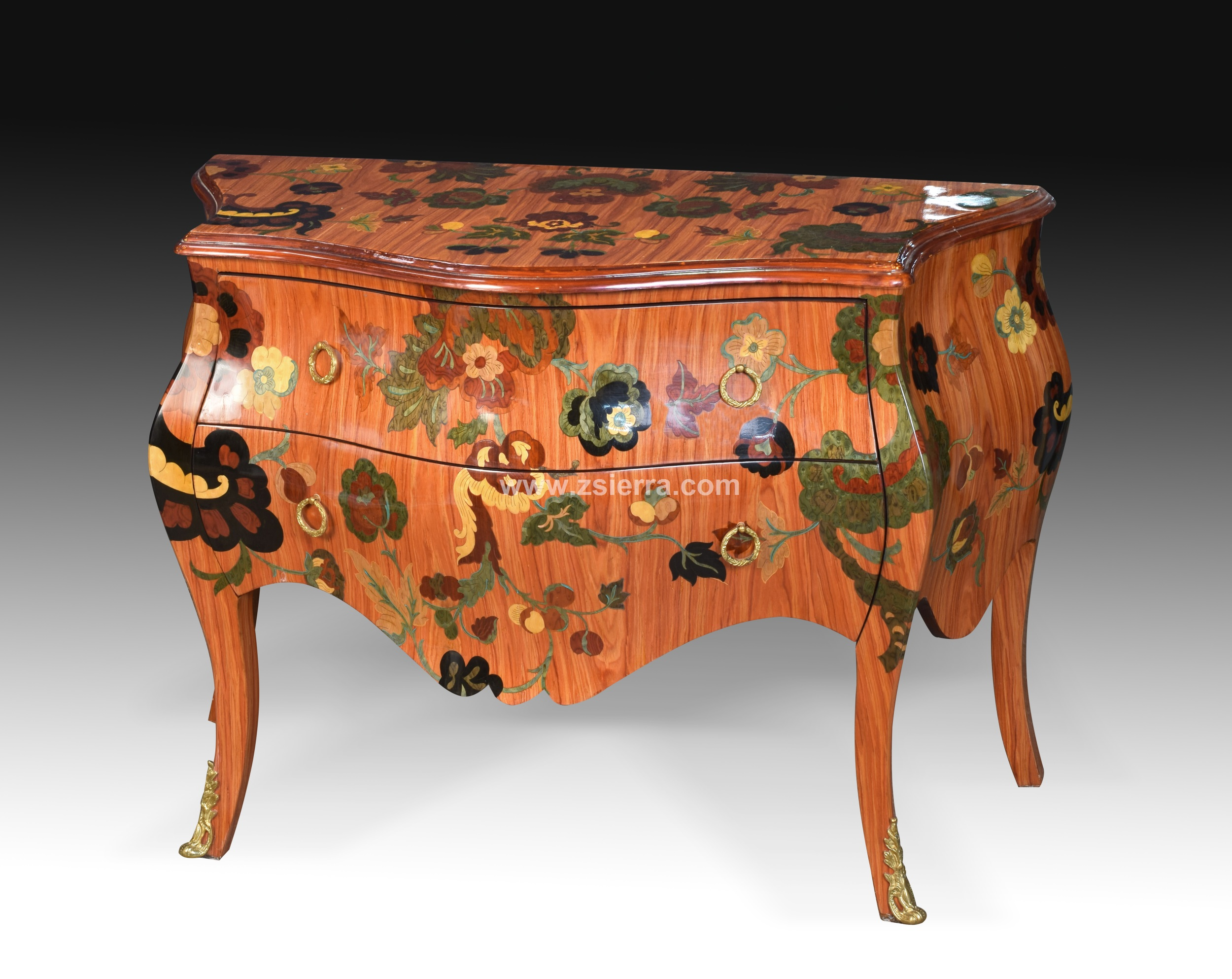 FRENCH STYLE COMMODE WITH MARQUETRY.