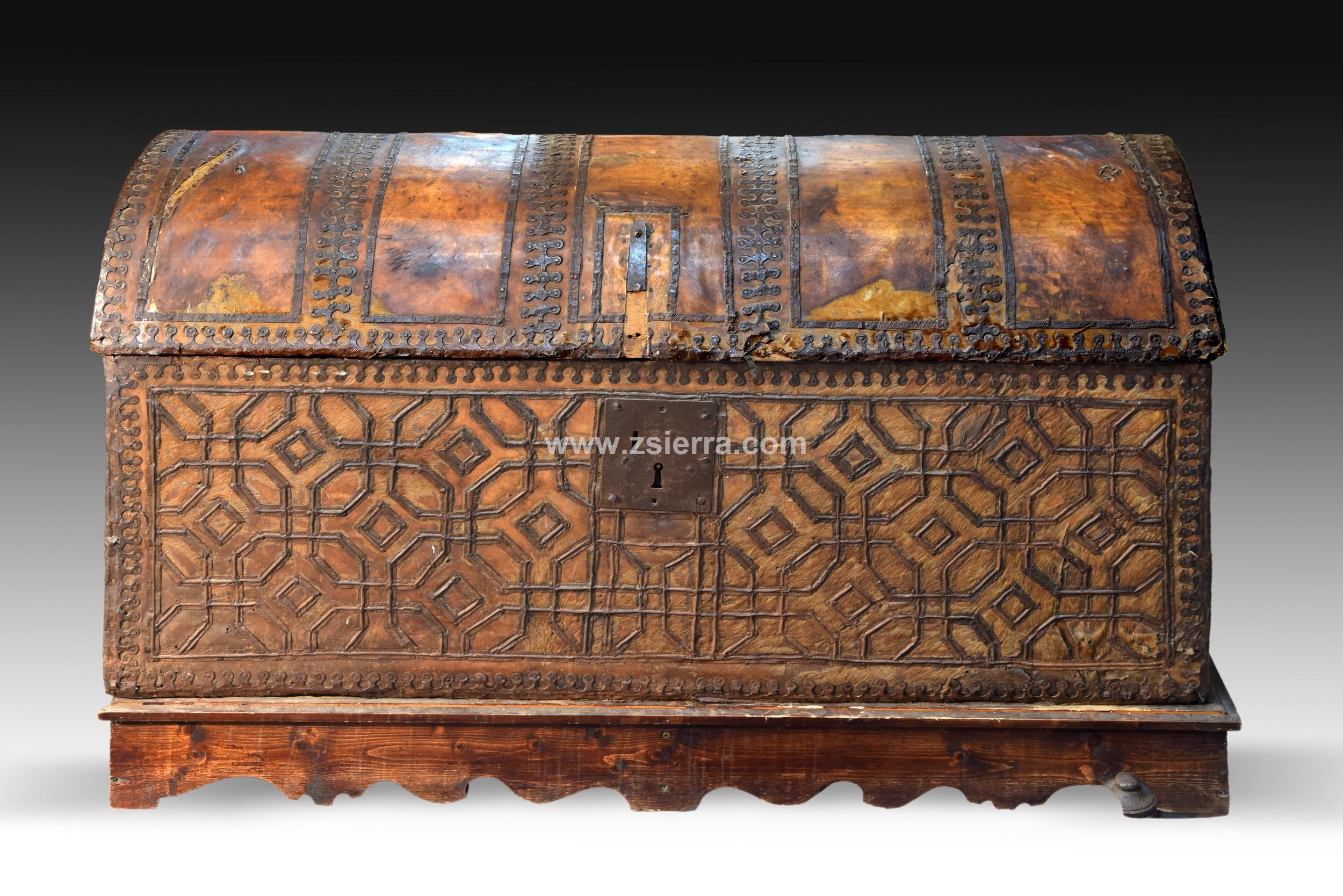 Z Sierra Antig Edades Y Objetos De Decoraci N Baul Con  # Muebles Mudejar