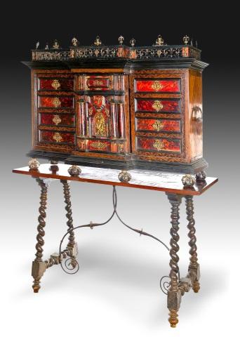 Z sierra antig edades y objetos de decoraci n for Mobiliario italiano